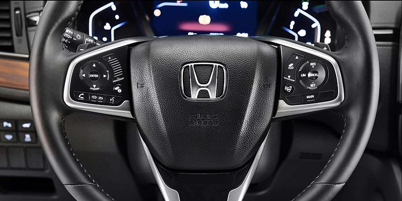 Honda CR-V: комфорт водителя за рулем автомобиля