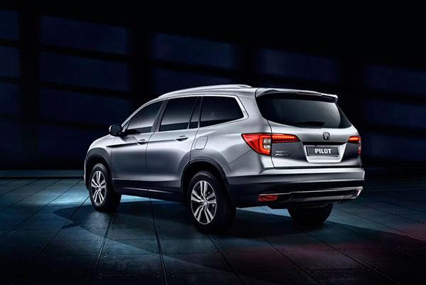 Обновленный дизайн Honda демонстрирует ее серьезным автомобилем